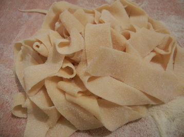 fettucine pasta by hand cooking class rome
